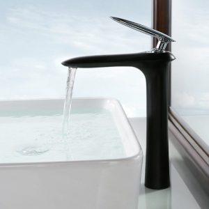 robinets de lavabo noir